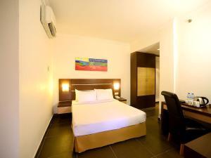 Bella Vista Express Hotel, Szállodák  Kampung Padang Masirat - big - 2