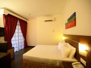 Bella Vista Express Hotel, Szállodák  Kampung Padang Masirat - big - 16