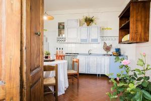 Agriturismo Fattoria Sant'Appiano, Farm stays  Barberino di Val d'Elsa - big - 4