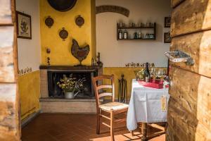 Agriturismo Fattoria Sant'Appiano, Farm stays  Barberino di Val d'Elsa - big - 5