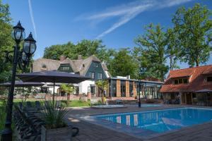 Huize Hölterhof Wellness Hotel Restaurant, Szállodák  Enschede - big - 1