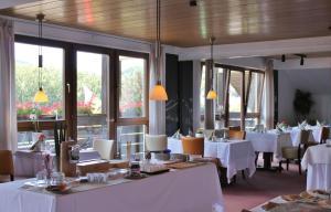 Hotel Stadt Gernsbach, Szállodák  Gernsbach - big - 28