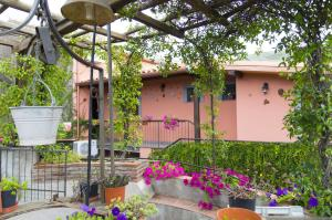 Etma, Bed & Breakfasts  Sant'Alfio - big - 97