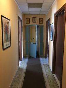 Hotel Dora, Отели  Турин - big - 17