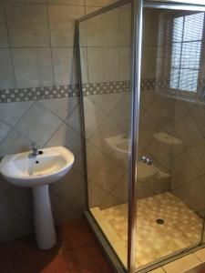 Quarto Duplo com Casa de Banho Privada Externa