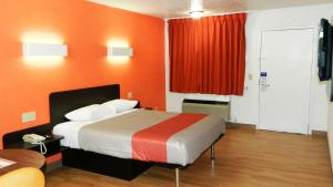 Motel 6 Oklahoma City - Airport East, Hotels  Oklahoma City - big - 2