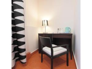 Single Room (1 Adults)