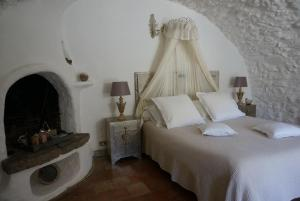 La Vieille Bergerie, Bed and Breakfasts  Èze - big - 2