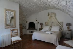 La Vieille Bergerie, Bed and Breakfasts  Èze - big - 3