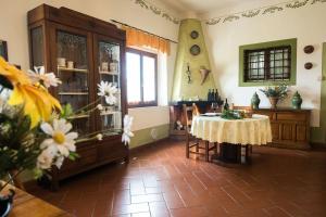 Agriturismo Fattoria Sant'Appiano, Farm stays  Barberino di Val d'Elsa - big - 7