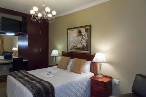 Queen Room - First Floor Room 5