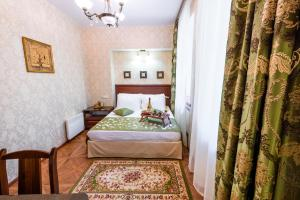 Kon-Tiki Boutique Hotel, Bed & Breakfast  San Pietroburgo - big - 1