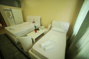 Hotel Arberia, Hotely  Tirana - big - 22