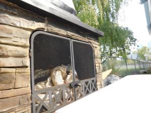 Sunnyside Heritage Home, Guest houses  Calgary - big - 12