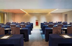 Twelve at Hengshan, A Luxury Collection Hotel, Shanghai, Hotel  Shanghai - big - 100