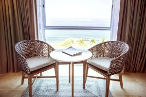 Grand Deluxe Double or Twin Room with Ocean View