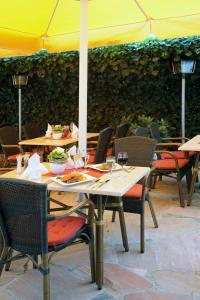 Hotel & Restaurant Hugenottengarten, Отели  Фридрихсдорф - big - 18