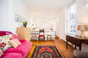 Unique Georgian 2BD House in Bermondsey