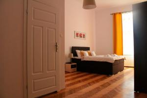 Top Spot Residence, Апартаменты  Краков - big - 85