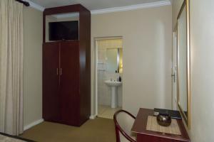 Двухместный номер с 1 кроватью - 2 этаж - Номер 6