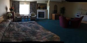 Western Budget Motel #3 Whitecourt, Motels  Whitecourt - big - 13