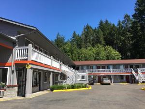 Belfair Motel