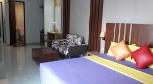 City Hotel, Hotel  Tasikmalaya - big - 22