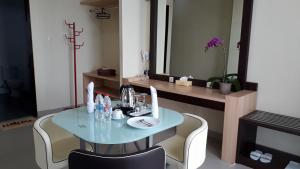 City Hotel, Hotel  Tasikmalaya - big - 28