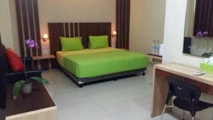 City Hotel, Hotel  Tasikmalaya - big - 16