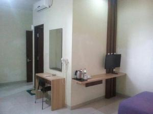City Hotel, Hotel  Tasikmalaya - big - 19