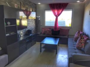 Bab Rayan Apartment, Apartments  Dar Bouazza - big - 2