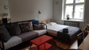 Kalevankatu studio apartment