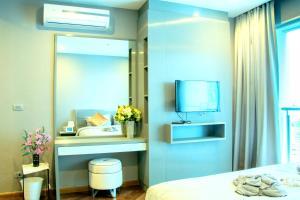 Sky walk condominium, Apartments  Bangkok - big - 14