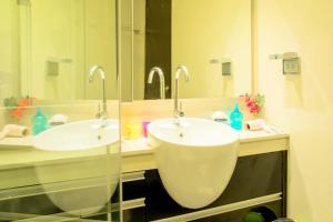 Sky walk condominium, Apartments  Bangkok - big - 17
