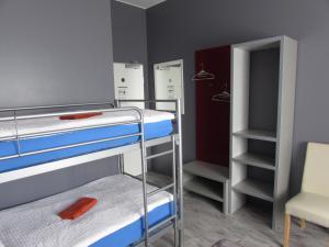 Basic Dreibettzimmer mit Gemeinschaftsbad