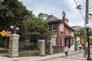 Applewood Suites - Bathurst & College, Apartmány  Toronto - big - 12