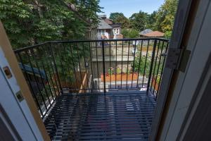 Applewood Suites - Bathurst & College, Apartmány  Toronto - big - 22