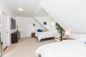 Applewood Suites - Bathurst & College, Apartmány  Toronto - big - 29