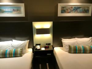 Best Western Plus Brooklyn Bay Hotel, Hotel  Brooklyn - big - 19