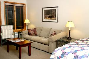 Weasku Inn, Hotels  Grants Pass - big - 13