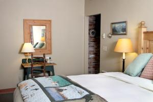 Weasku Inn, Отели  Grants Pass - big - 38