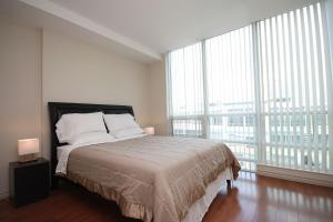 Whitehall Suites - Mississauga Furnished Apartments, Apartments  Mississauga - big - 10