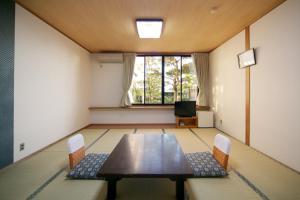 Shodoshima Seaside Hotel Matsukaze, Ryokany  Tonosho - big - 5