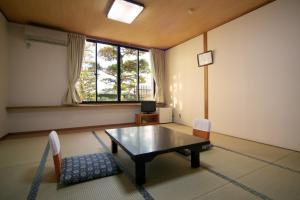 Shodoshima Seaside Hotel Matsukaze, Ryokany  Tonosho - big - 4