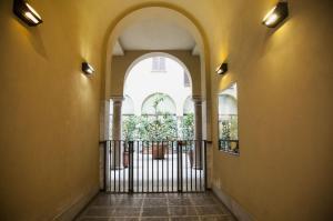 Mansard very close to Duomo, Appartamenti  Milano - big - 11