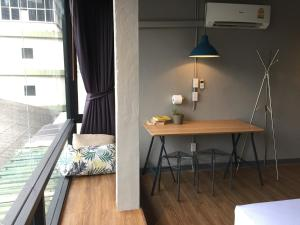 Double Room (4th floor / No Lift)