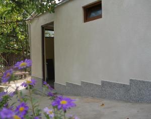 Apartment at Pirosmani 22, Apartmány  Borjomi - big - 8
