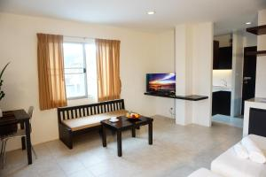Chaofa West Suites, Apartmány  Chalong  - big - 5