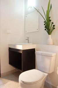 Chaofa West Suites, Apartmány  Chalong  - big - 10