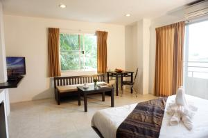 Chaofa West Suites, Apartmány  Chalong  - big - 13